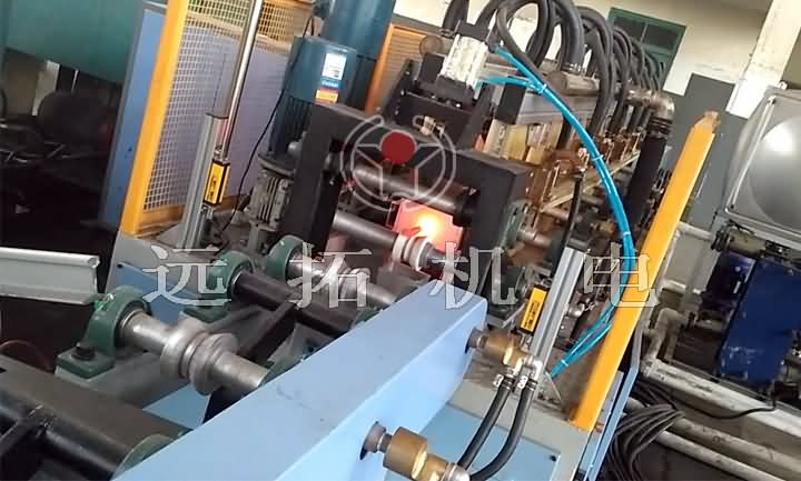 石油抽油桿熱噴涂設備